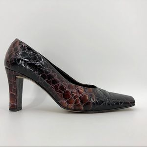 Pretty J. Renee' embossed alligator print heels